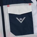 Мужская куртка ветровка adidas Originals x White Mountaineering Field Collegiate Navy фото- 6