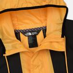 Мужская куртка ветровка The North Face 1985 Seasonal Mountain Celebration TNF Yellow/Black фото- 1