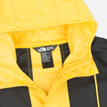Мужская куртка ветровка The North Face 1985 Seasonal Mountain Fressia Yellow фото- 2
