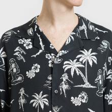 Мужская рубашка McQ Alexander McQueen Billy 03 Hawaii Print Darkest Black фото- 2