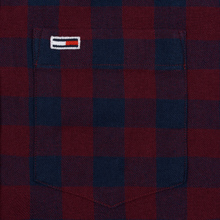 Мужская рубашка Tommy Jeans Sustainable Gingham Burgundy фото- 2