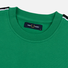 Мужская толстовка Fred Perry Taped Shoulder Electric Green фото- 1