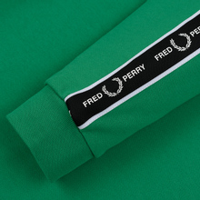 Мужская толстовка Fred Perry Taped Shoulder Electric Green фото- 3