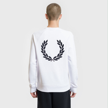 Мужская толстовка Fred Perry Towelling Laurel Wreath White фото- 3