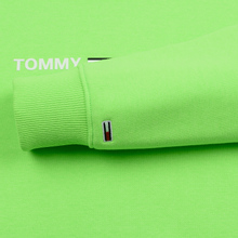 Мужская толстовка Tommy Jeans Neon Small Logo Hoodie Green Gecko фото- 3