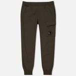 Мужские брюки C.P. Company Diagonal Fleece Lens Jogging Moss фото- 0