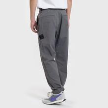 Мужские брюки Stone Island Shadow Project Gabardine Garment Dyed Grey фото- 2