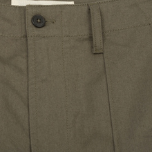 Мужские брюки Universal Works Fatigue Twill Olive фото- 2