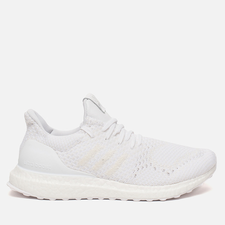 outlet store 5bf22 4372d Мужские кроссовки adidas Consortium x A Ma Maniere x Invincible Ultra Boost  White