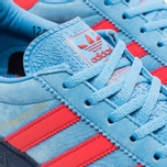 Кроссовки adidas Originals GT Manchester Spezial Light Blue/Bright Red/Dark Blue фото- 5