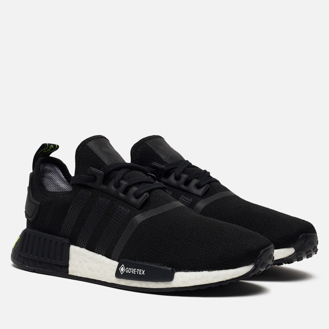 Мужские кроссовки adidas Originals NMD_R1 Gore-Tex Core Black/Core Black/Solar Yellow
