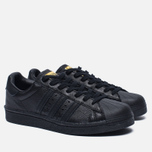 Мужские кроссовки adidas Originals Superstar Boost Core Black/Gold Metallic фото- 2