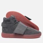 Кроссовки adidas Originals Tubular Invader Strap Grey Four/Grey Four/Raw Pink фото- 1