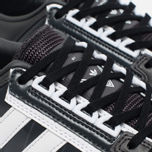 Мужские кроссовки adidas Originals x White Mountaineering Racing 1 Black/White фото- 3