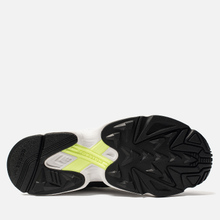 Мужские кроссовки adidas Originals Yung-1 Core Black/Core Black/Hi-Res Yellow фото- 4