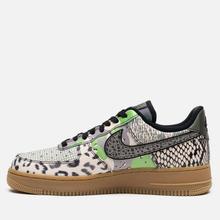 Мужские кроссовки Nike Air Force 1 07 QS Black/Black/Green Spark/Gum Light Brown фото- 5