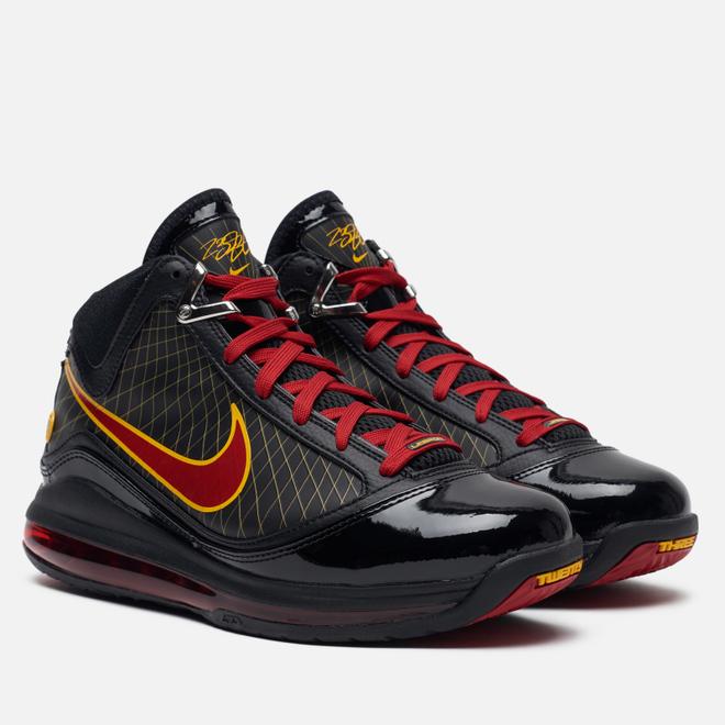 Мужские кроссовки Nike Lebron VII QS Fairfax Away Black/Varsity Red/Varsity Maize