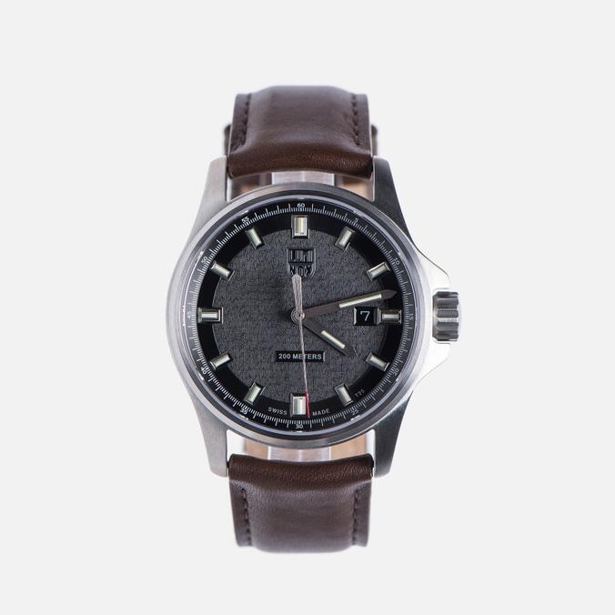 Мужские наручные часы Luminox Dress Field XL.1831 Silver/Brown