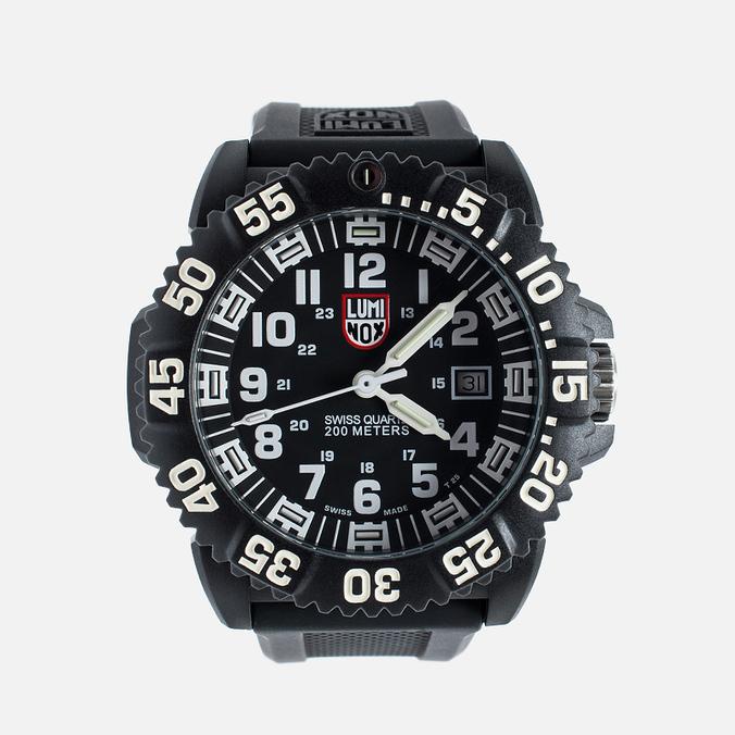 Мужские наручные часы Luminox Evo A.3051 Black/White
