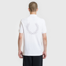 Мужское поло Fred Perry Authentic Embroidered Laurel White фото- 3