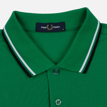 Мужское поло Fred Perry M3600 Twin Tipped Electric Green/White/Black фото- 1