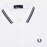 Мужское поло Fred Perry M3600 Twin Tipped White/Mid Ivy/French Navy фото- 1