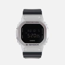 Наручные часы CASIO G-SHOCK GM-5600-1ER Silver/Black фото- 4