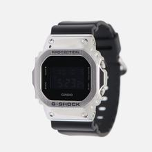 Наручные часы CASIO G-SHOCK GM-5600-1ER Silver/Black фото- 0