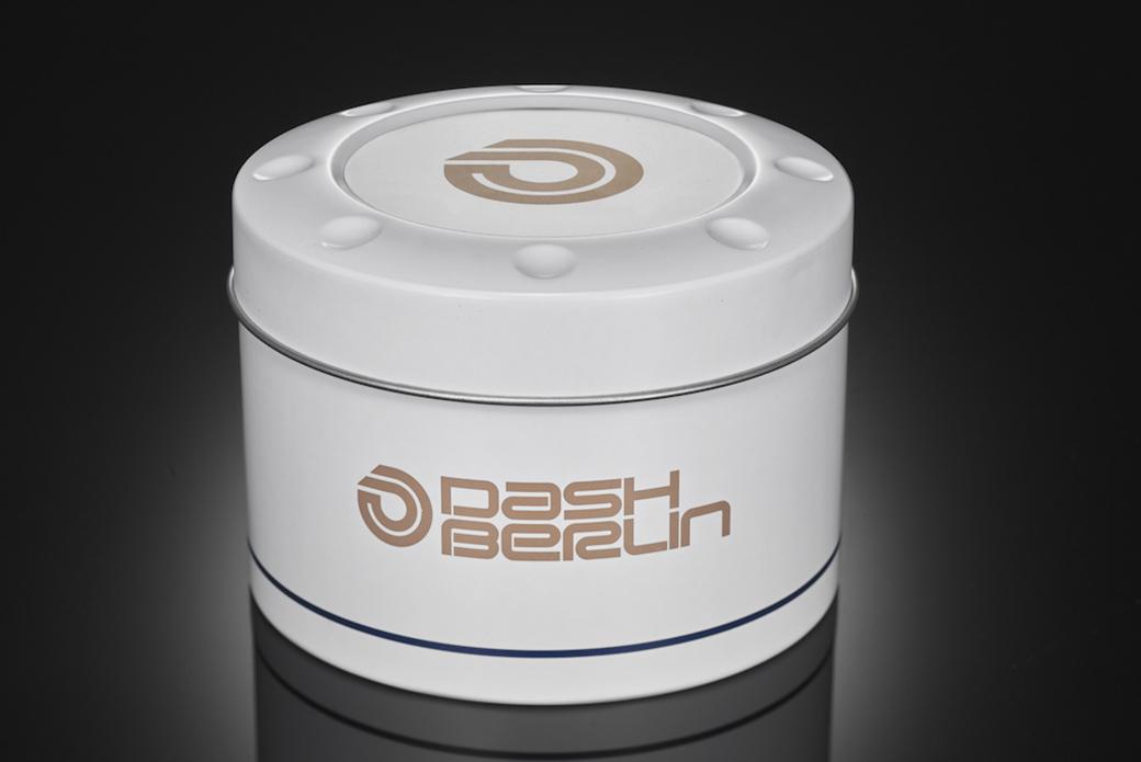 CASIO G-SHOCK × DJ Dash Berlin: чистый холст