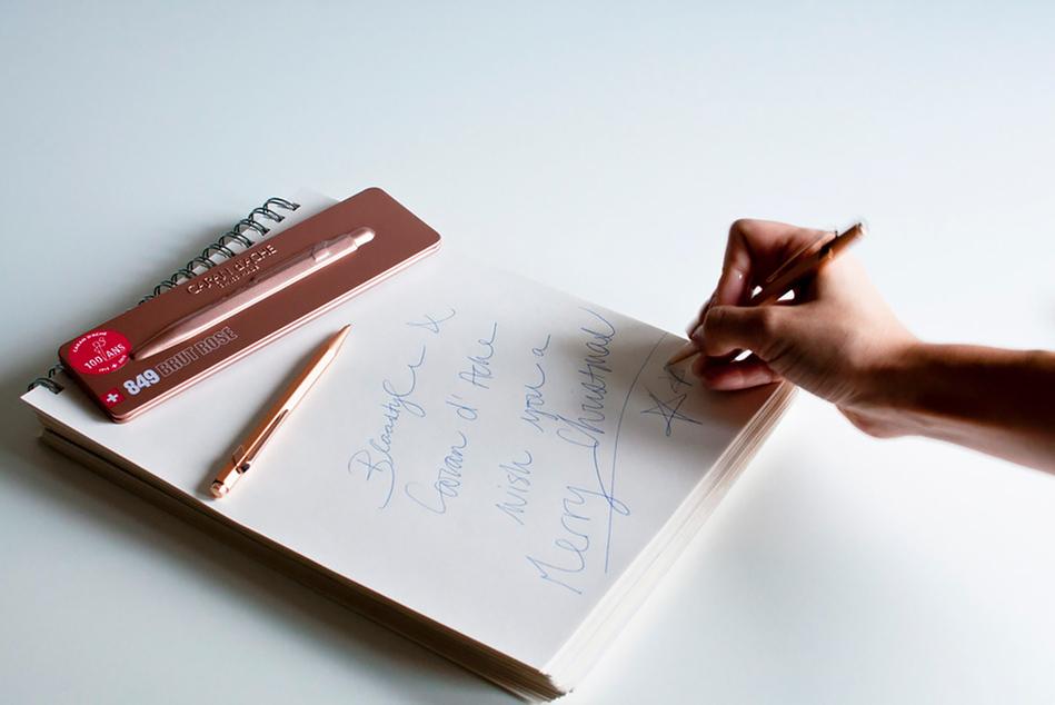 Caran d'Ache: письменная принадлежность
