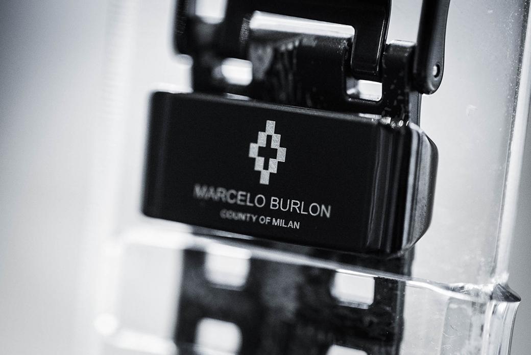 CASIO G-SHOCK x Marcelo Burlon: часы с экзотическим паттерном
