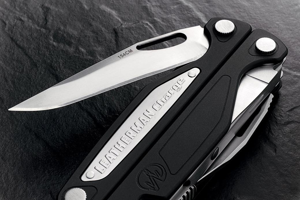 Leatherman: имя на каждом инструменте