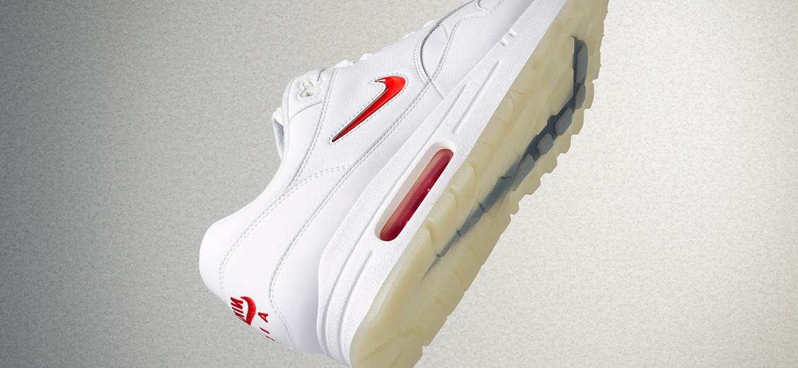 История Nike Jewel Swoosh: меньше, но заметнее
