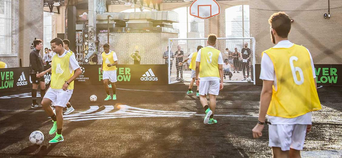 adidas Football: за пределами бутс и мячей