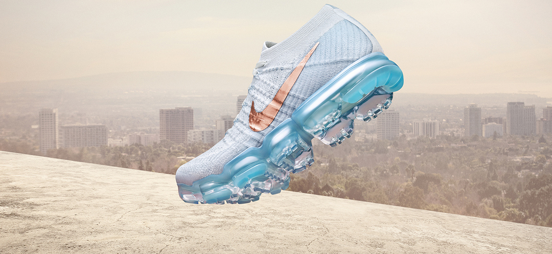 Nike Air VaporMax Flyknit Explorer: Seas and space