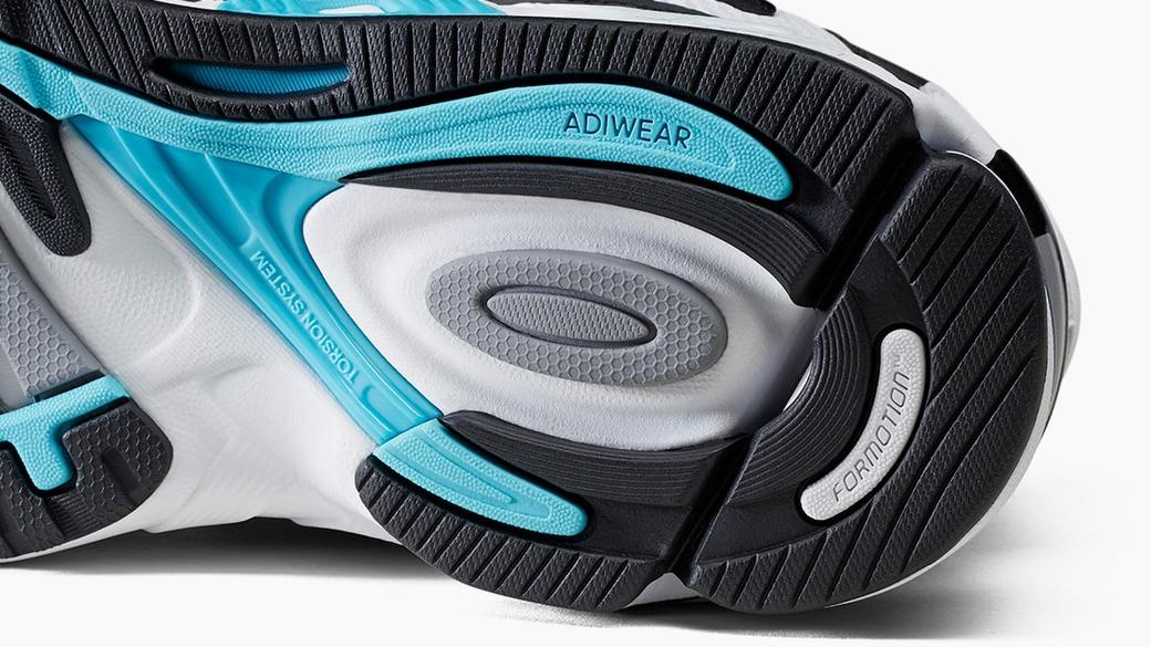 adidas Consortium Response CL: посвящение двухтысячным