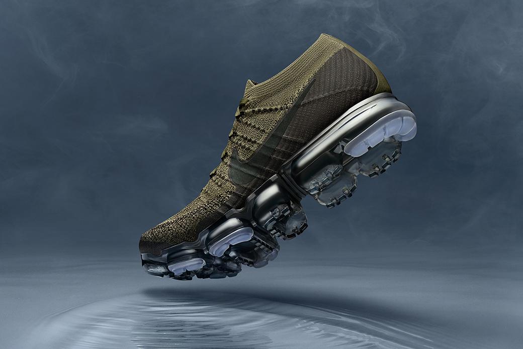 Nike Air VaporMax Cargo Khaki & Triple Black: на тёмной стороне