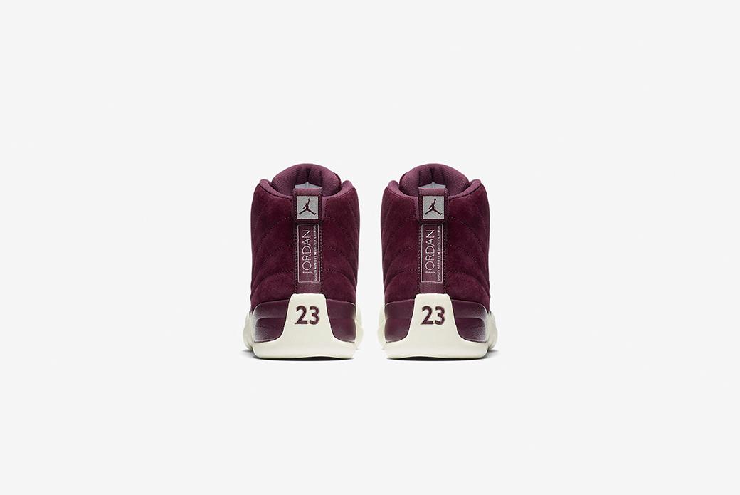 Air Jordan 12: бордовое вино
