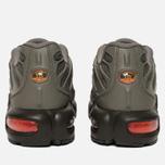 Подростковые кроссовки Nike Air Max Plus SE GS Dark Stucco/Total Orange/Olive Black фото- 3