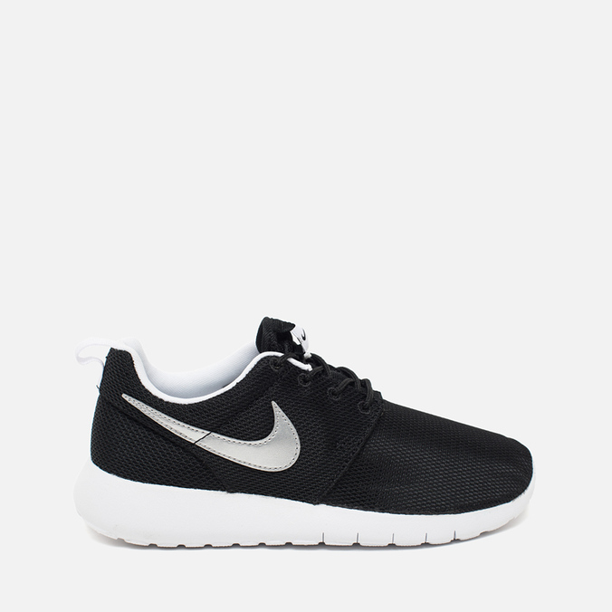 Подростковые кроссовки Nike Roshe One GS Black/Metallic Silver/White