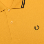 Мужское поло Fred Perry M1200 Twin Tipped Mustard Yellow/Black фото- 2