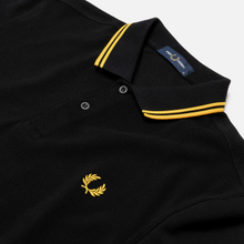 Мужское поло Fred Perry M3600 Twin Tipped Black/Bright Yellow/Bright Yellow фото- 1