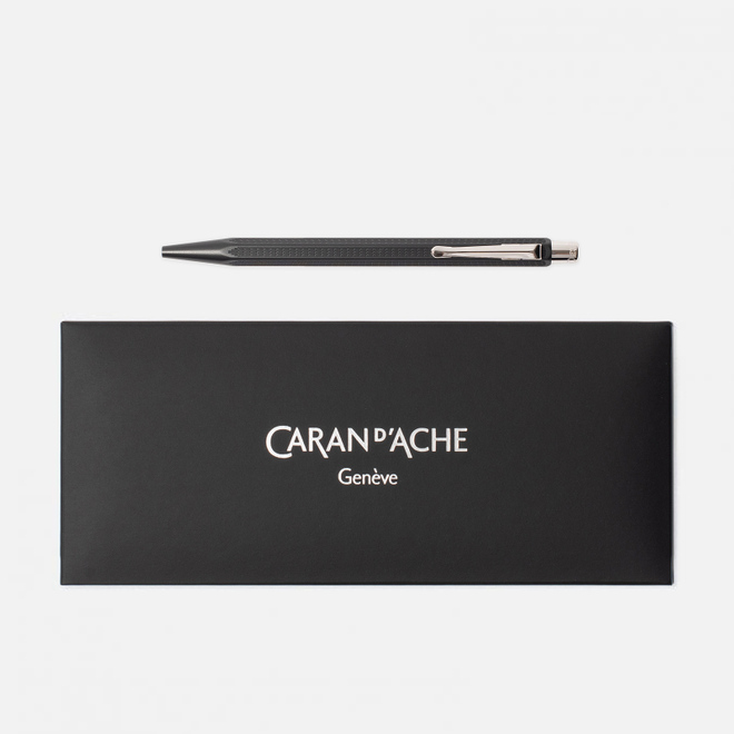 Ручка Caran d'Ache Ecridor Racing 890 Black