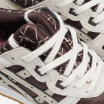 Женские кроссовки ASICS III Valentines Pack Dark Brown/Sand фото- 6