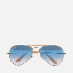 Солнцезащитные очки Ray-Ban Aviator Gradient Polished Gold/Light Blue Gradient