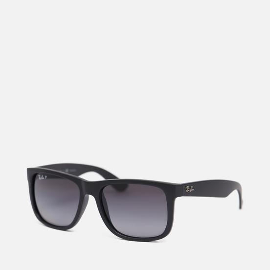 Солнцезащитные очки Ray-Ban Justin Classic Matte Black/Polarized Grey Gradient