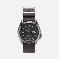 Наручные часы Seiko SRPE61K1S Seiko 5 Sports Grey/Silver/Grey