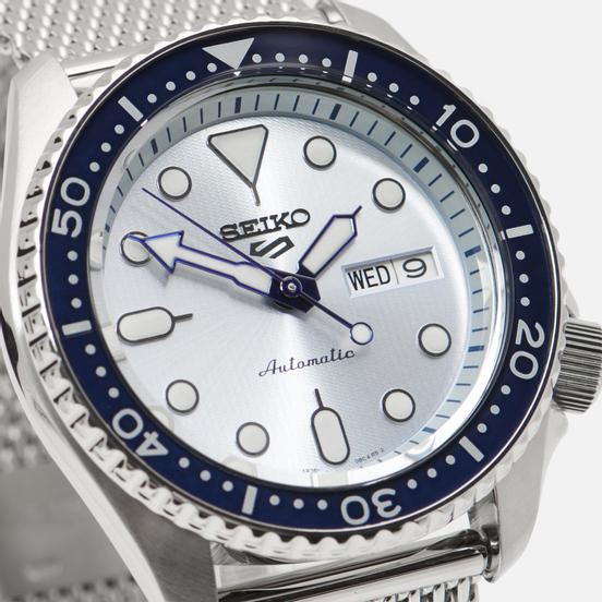 Наручные часы Seiko SRPE77K1S Seiko 5 Sports Silver/Navy/Blue