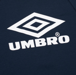 Мужская толстовка Umbro Pro Training Classic Crew Navy фото- 2