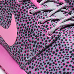 Женские кроссовки Nike Rosherun Print Wolf Grey фото- 7